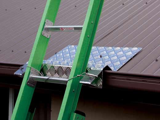 Hi-Safe LS25G Ladder Bracket Gutter